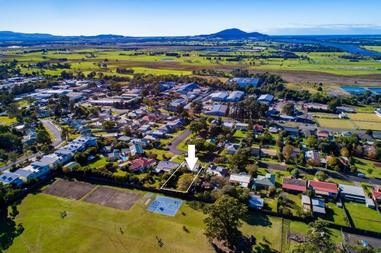 21 Mulgen Crescent, Bomaderry NSW 2541, Image 0