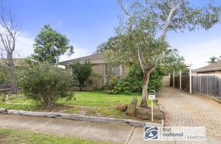 Picture of 35 Lachlan Road, Melton South VIC 3338