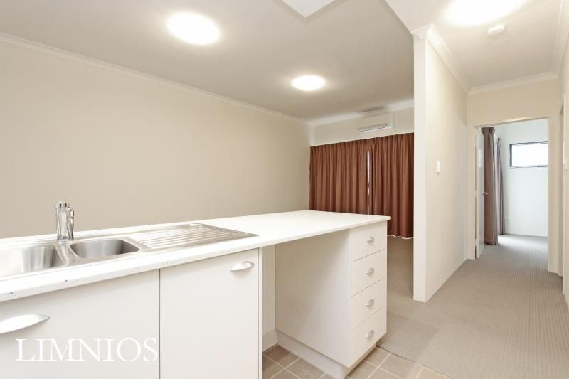 5/2 Pisconeri Street, Northbridge WA 6003, Image 2