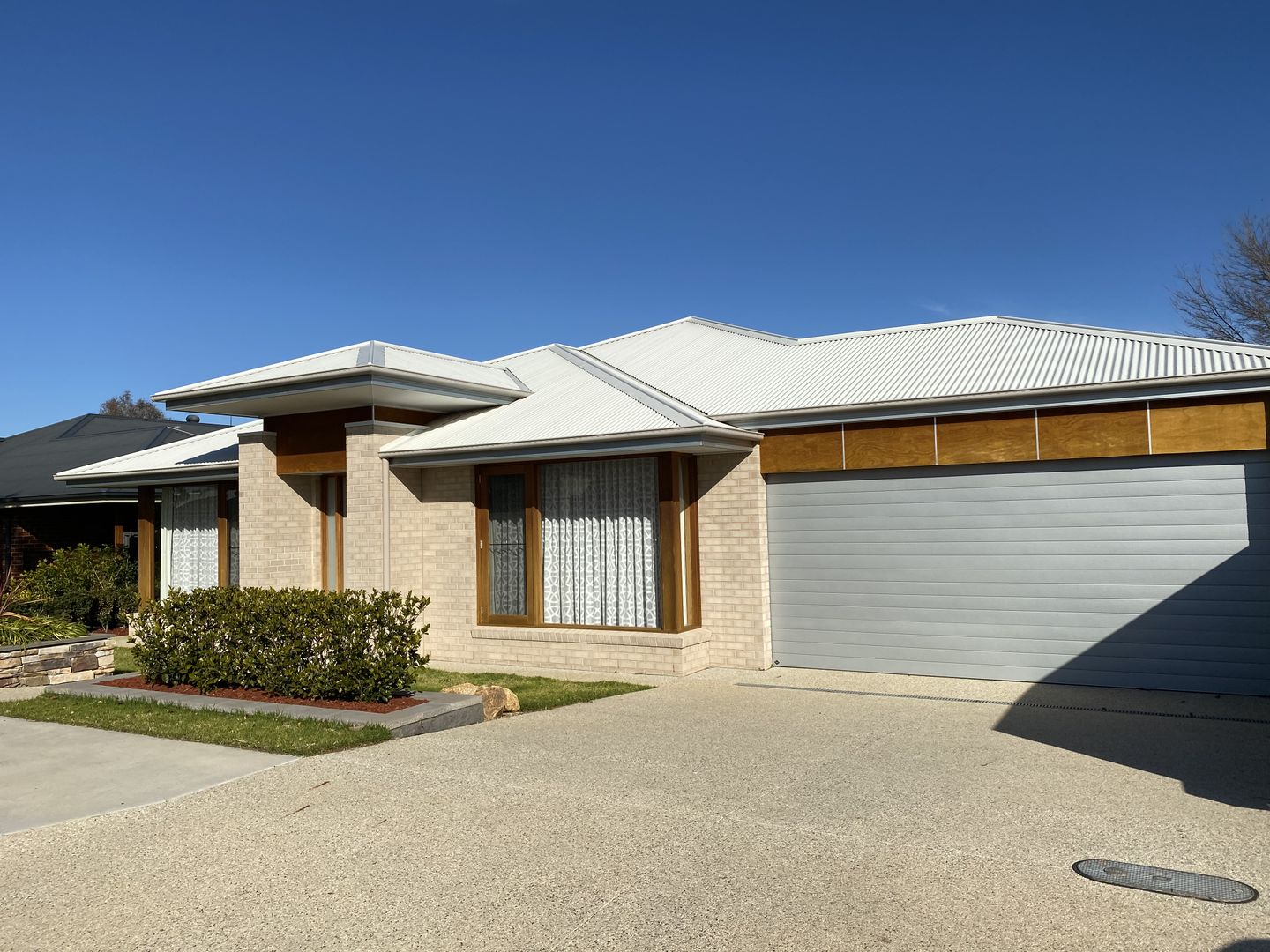 10 Curley Court, Thurgoona NSW 2640, Image 0