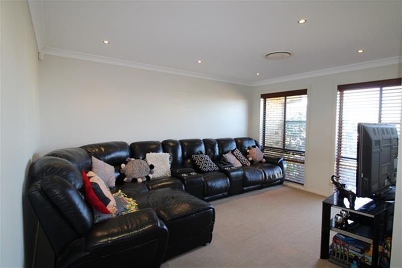 16 Holmwood  Drive, Dubbo NSW 2830, Image 1
