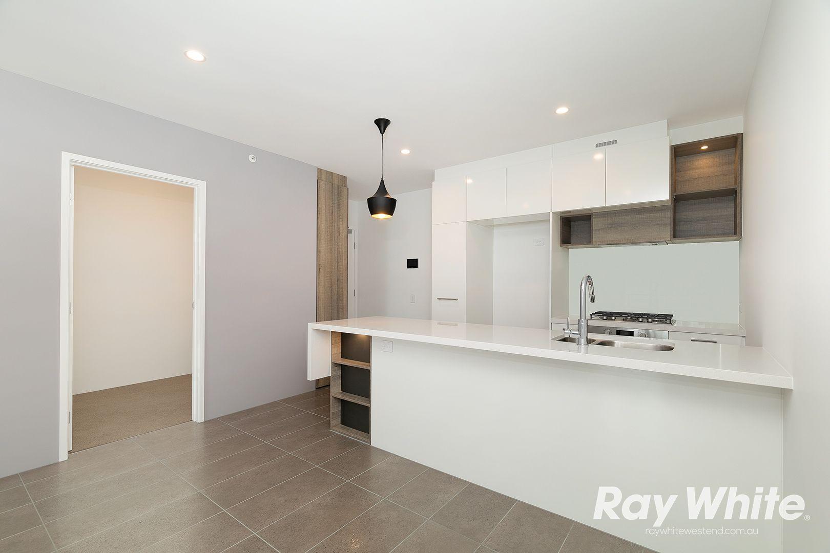 10201/16 Edmondstone Street, South Brisbane QLD 4101, Image 2
