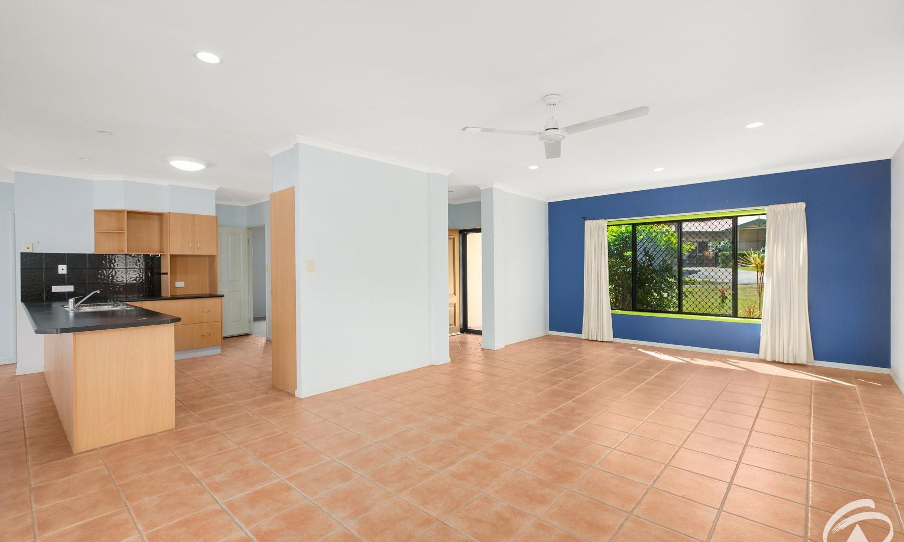 17 St Albans Close, Brinsmead QLD 4870, Image 2