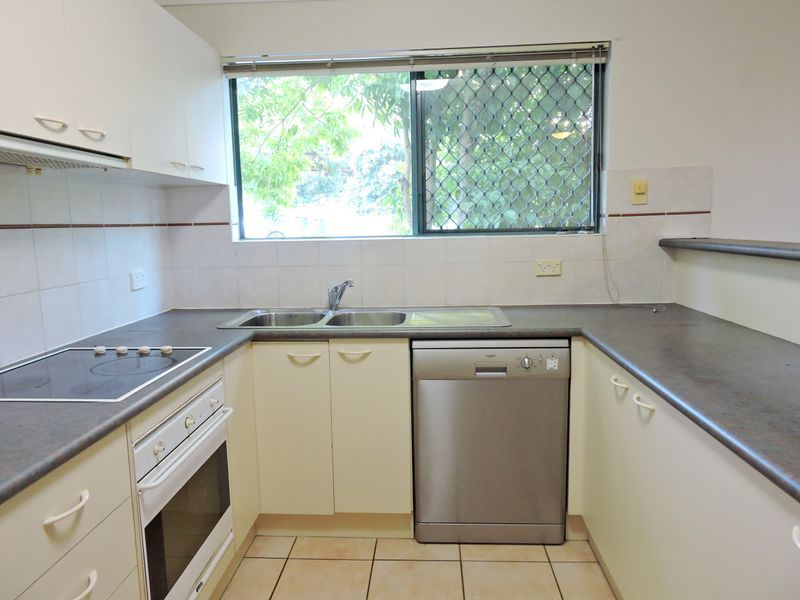 7/25 Whytecliffe Street, Albion QLD 4010, Image 0