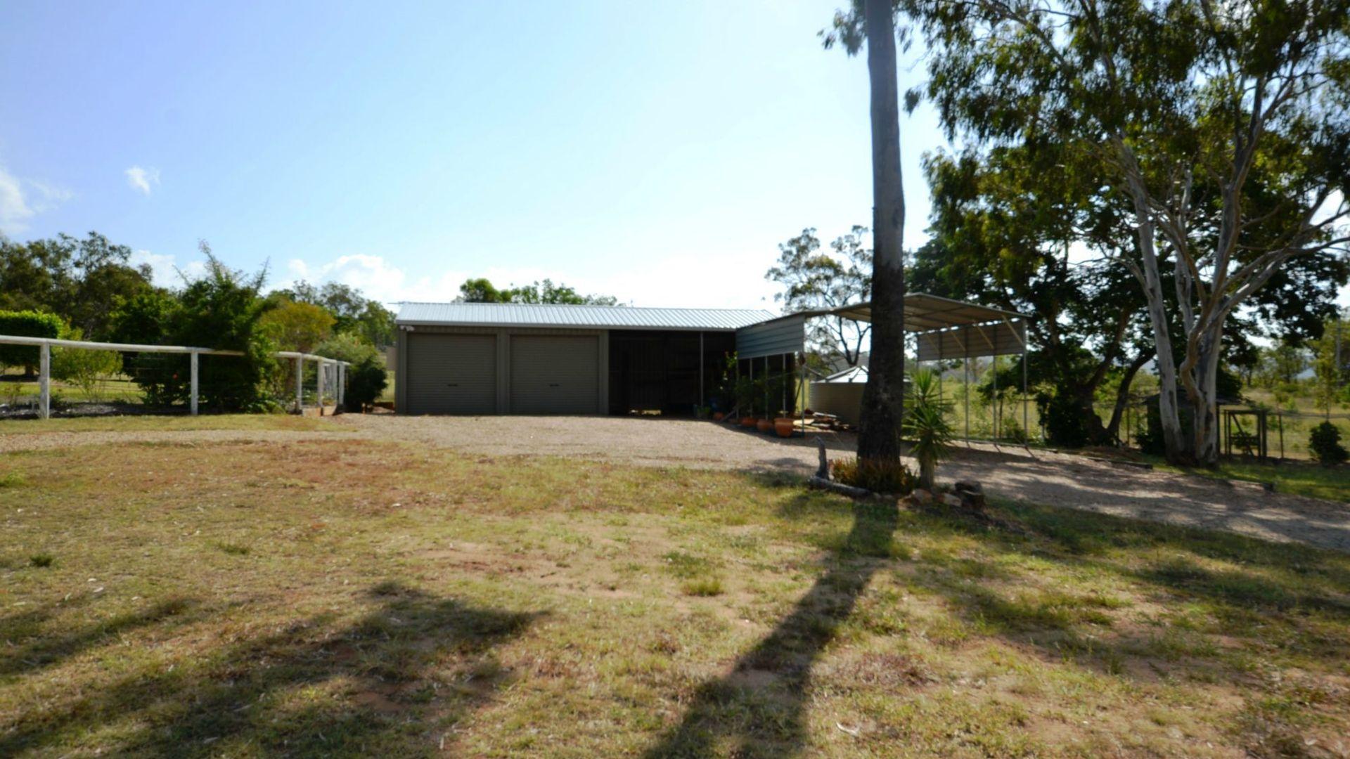 4 Cook Road, Mount Morgan QLD 4714, Image 2
