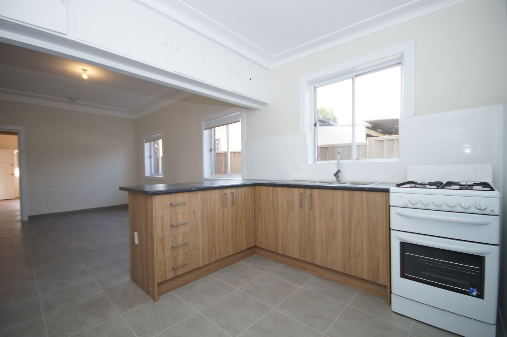 405 Stacey St, Bankstown NSW 2200, Image 2