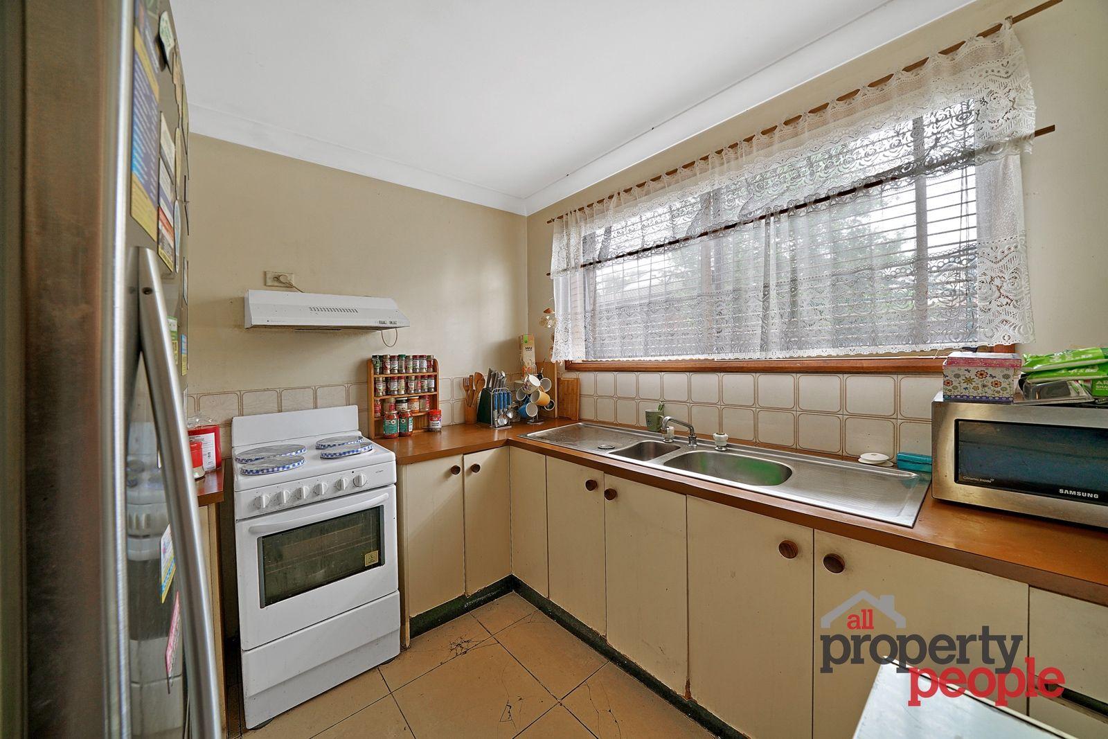11/7 Shrike Place, Ingleburn NSW 2565, Image 2