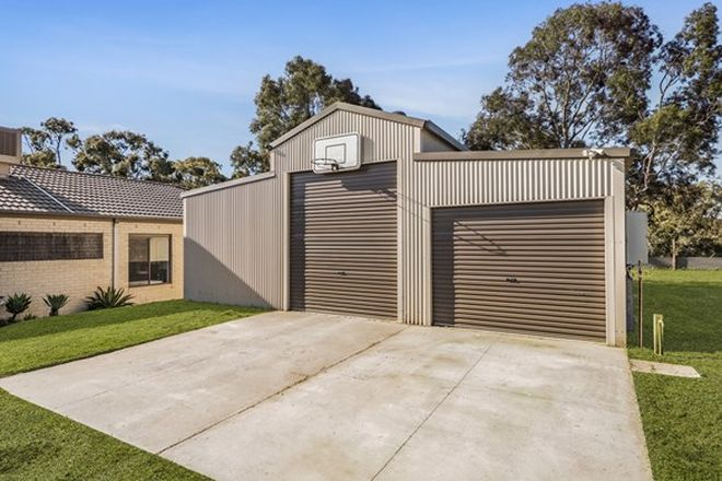 Picture of 32 Shepherds Hut Road, LANGWARRIN SOUTH VIC 3911