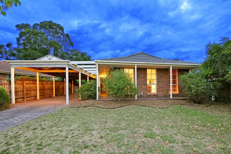 22 Murray Crescent, Rowville VIC 3178, Image 0