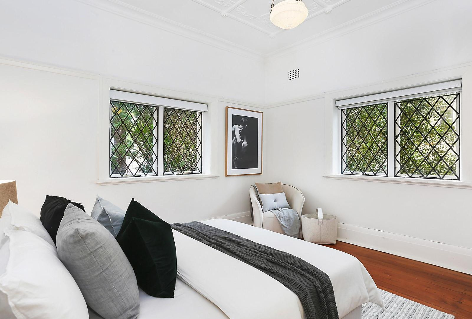 1/12 East Crescent Street, Mcmahons Point NSW 2060, Image 2