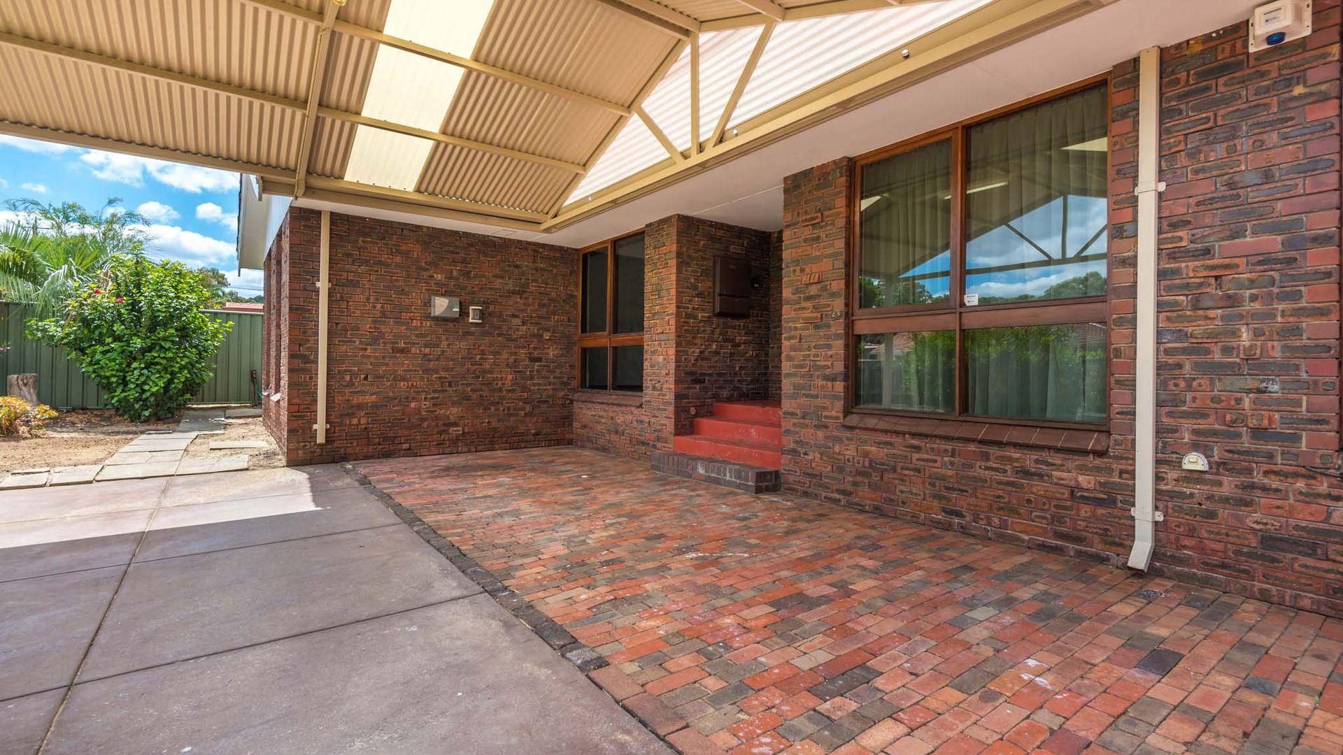 173 Gooseberry Hill, Maida Vale WA 6057, Image 2