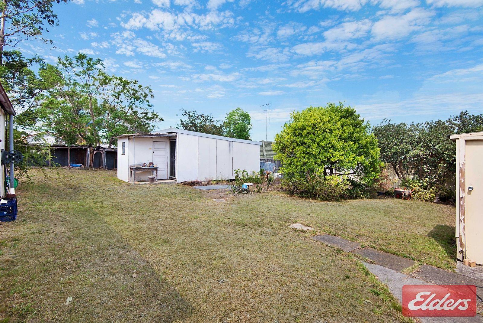 53 Oramzi Road, Girraween NSW 2145, Image 2