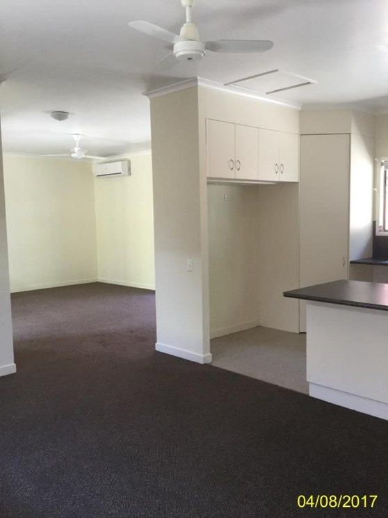 21 Walsh Avenue, Blackwater QLD 4717, Image 2