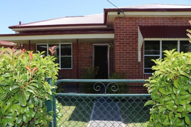 Picture of 11 Cross Street, BATHURST NSW 2795