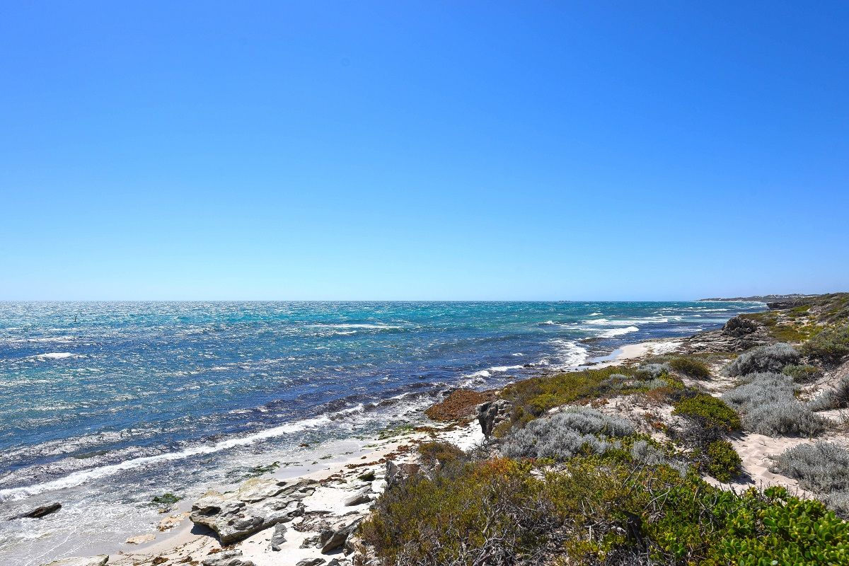 6 Resolute Way, Ocean Reef WA 6027, Image 2