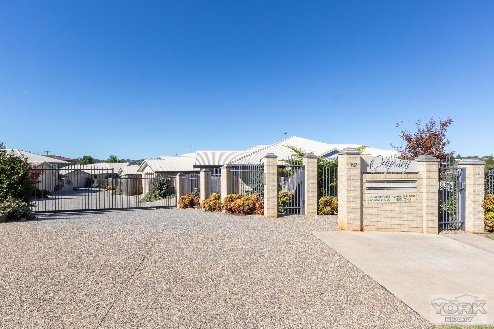 6/82 Holberton Street, Rockville QLD 4350, Image 0