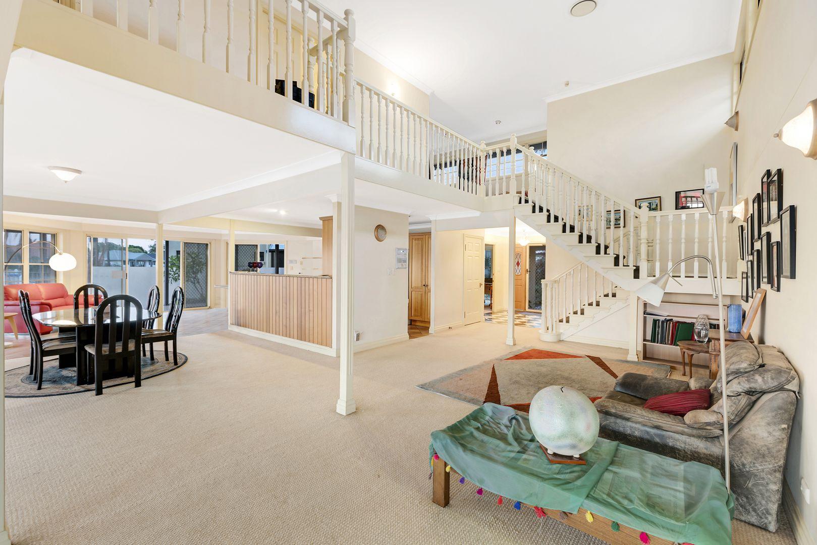 113 Pebble Beach Drive, Runaway Bay QLD 4216, Image 2