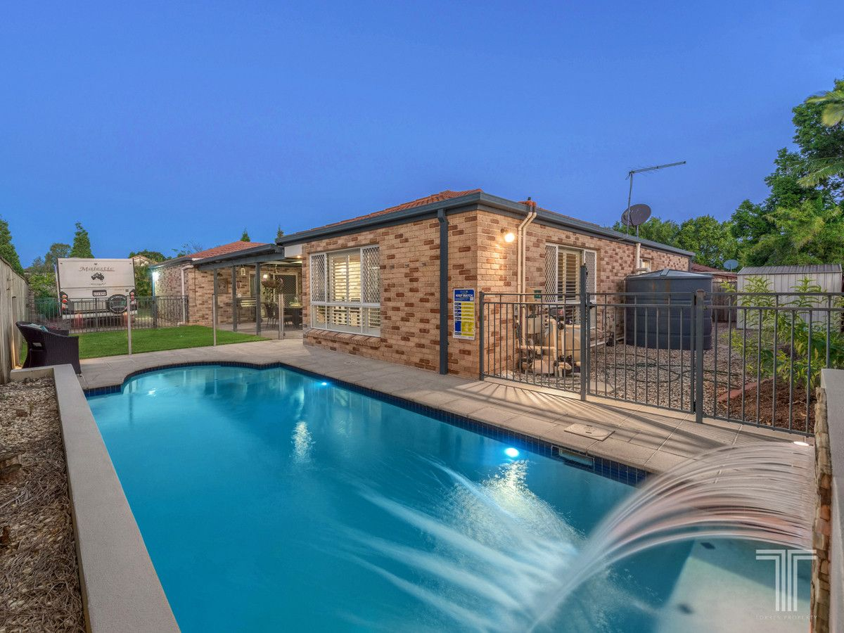 4 Razorback Close, Carindale QLD 4152, Image 2