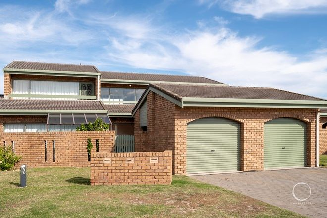 Picture of 2/2 Sandpiper Place, WEST LAKES SHORE SA 5020