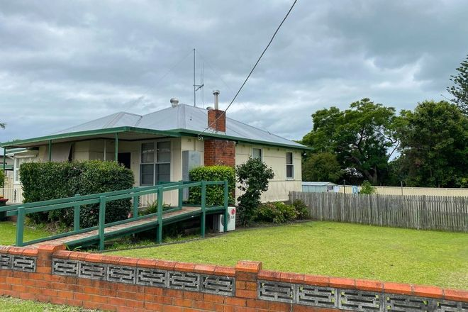 Picture of 5 Latham Avenue, TAREE NSW 2430