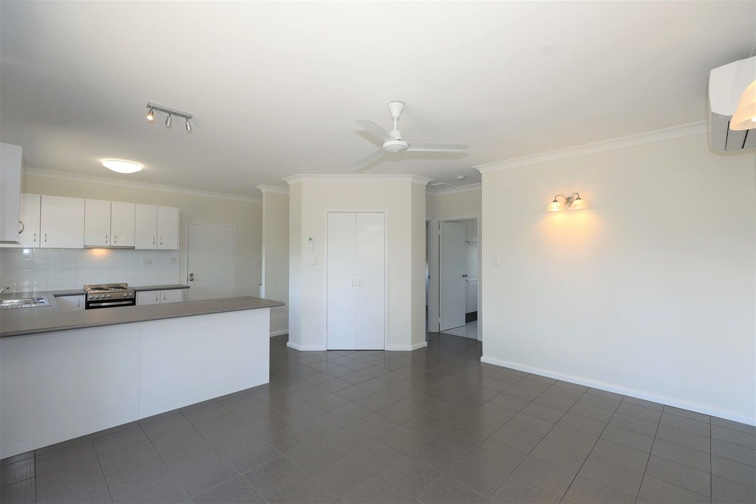 3/23 Mintaro Crescent, Woree QLD 4868, Image 2