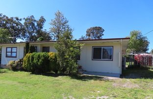 Picture of 37 Wallangarra Road, Stanthorpe QLD 4380