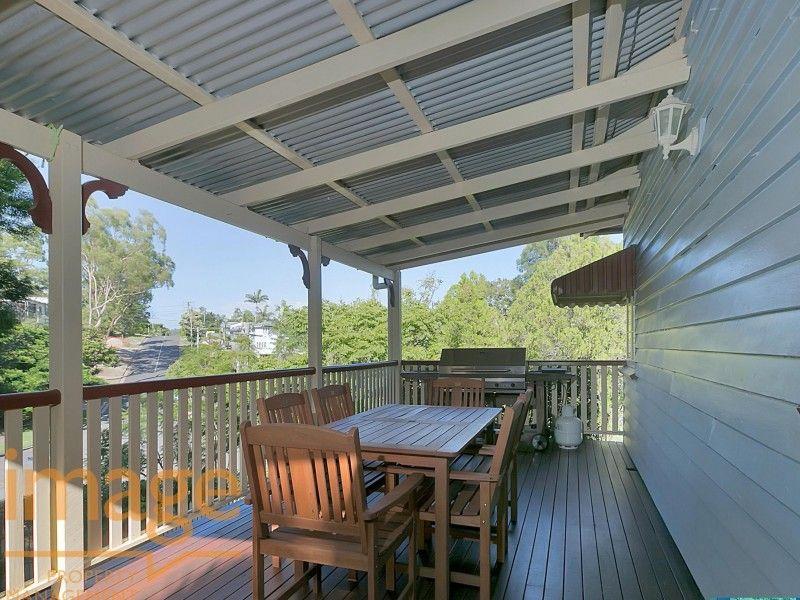 48 Waratah Avenue, Holland Park West QLD 4121, Image 0