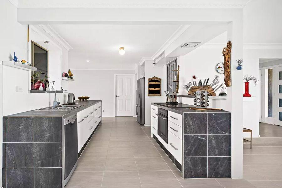 44 Robert Garrett Street, Coffs Harbour NSW 2450, Image 1