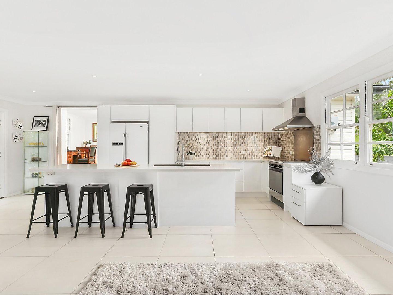8 Hayes Avenue, Camira QLD 4300, Image 1