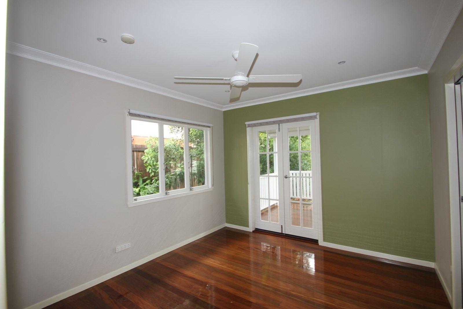 19 Frost  Street, Mount Gravatt East QLD 4122, Image 2