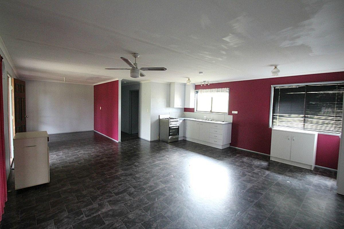 1298 Monduran Road, Waterloo QLD 4673, Image 2