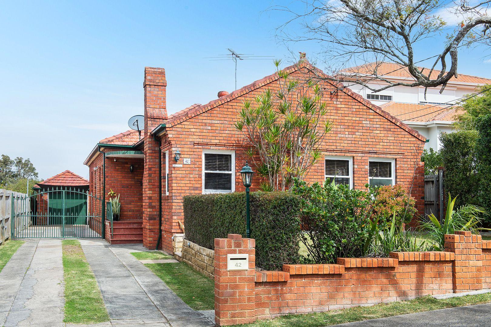 42 Poole Street, Kingsgrove NSW 2208, Image 0