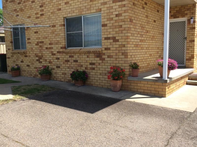 2/16 Burilla Street, Tamworth NSW 2340, Image 1