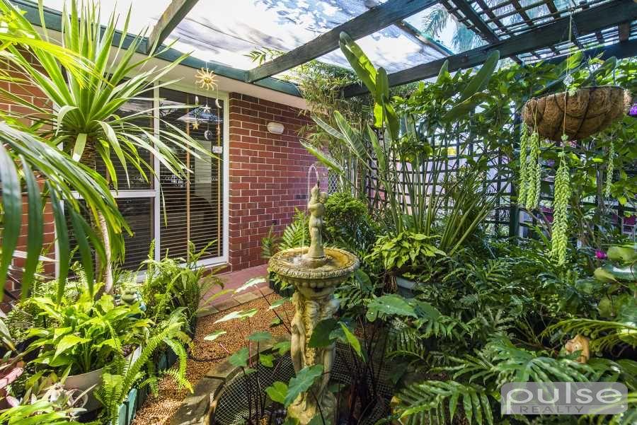 23 Fernie Gardens, Winthrop WA 6150, Image 1