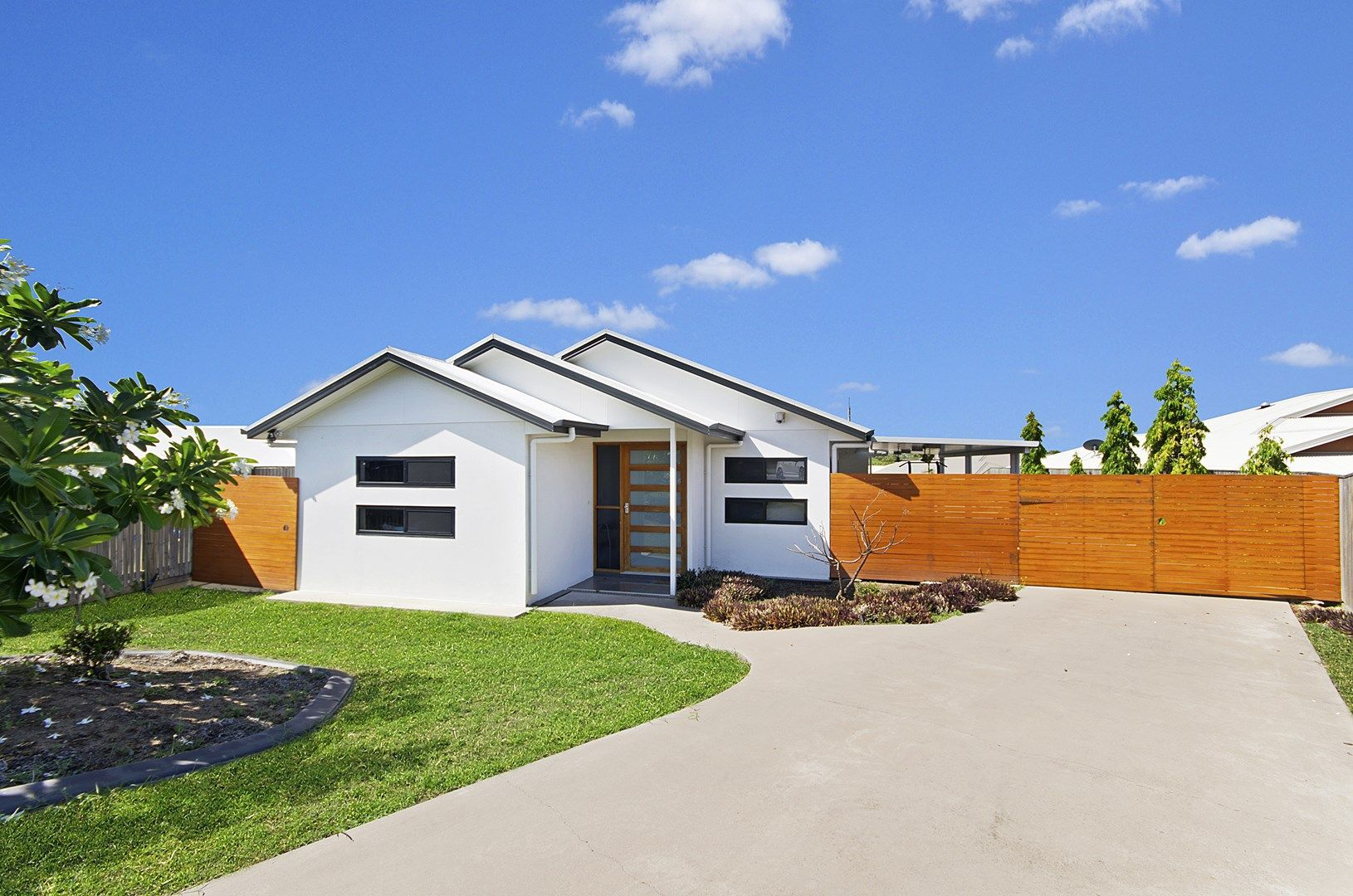 2 Narwee Place, Douglas QLD 4814, Image 0