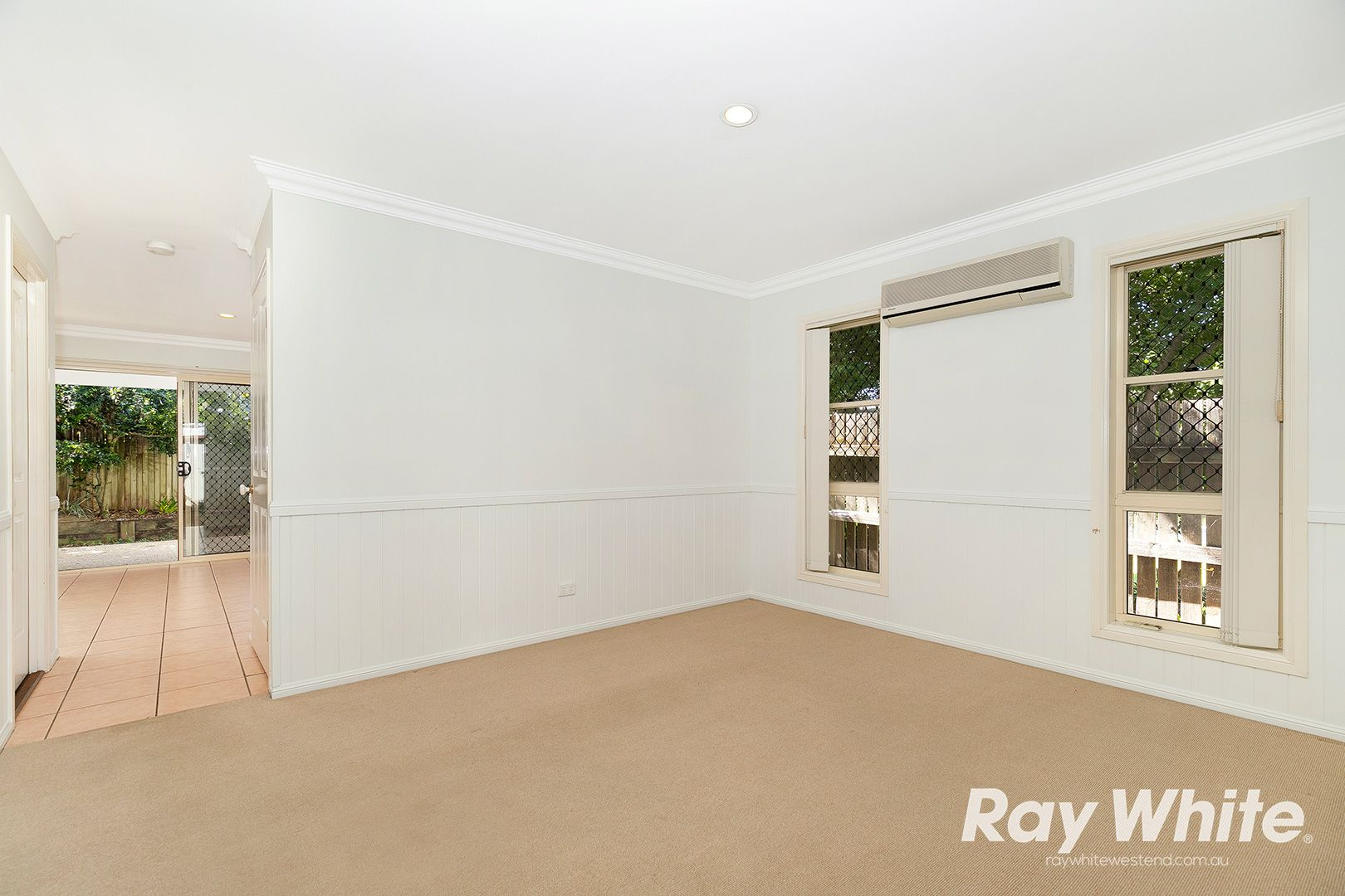 8/23 Norman Street, Annerley QLD 4103, Image 2
