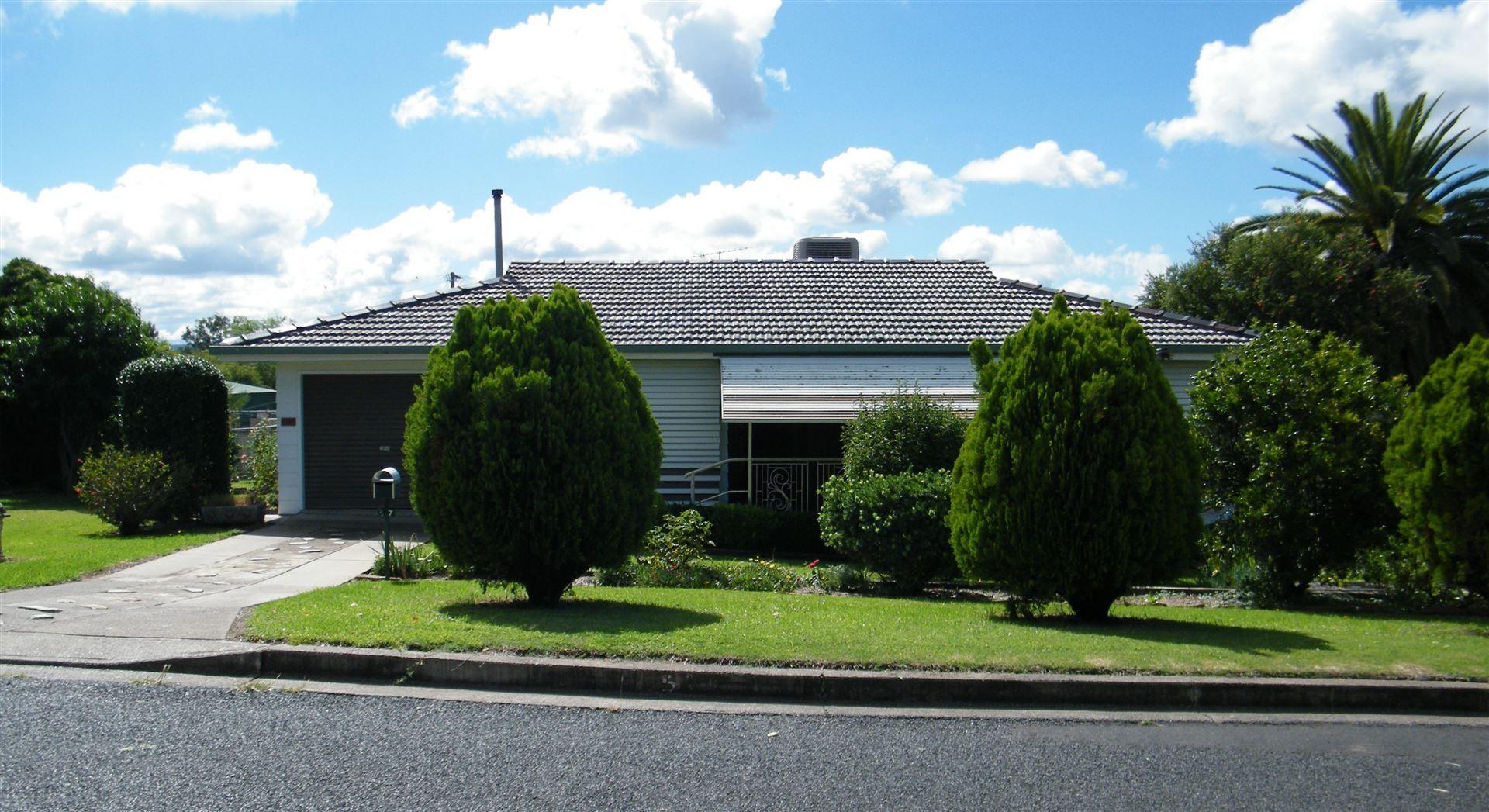 57 Nowland Avenue, Quirindi NSW 2343, Image 0