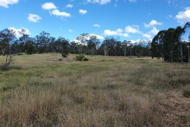 Picture of 1 NOORA ROAD, YARRAMAN QLD 4614