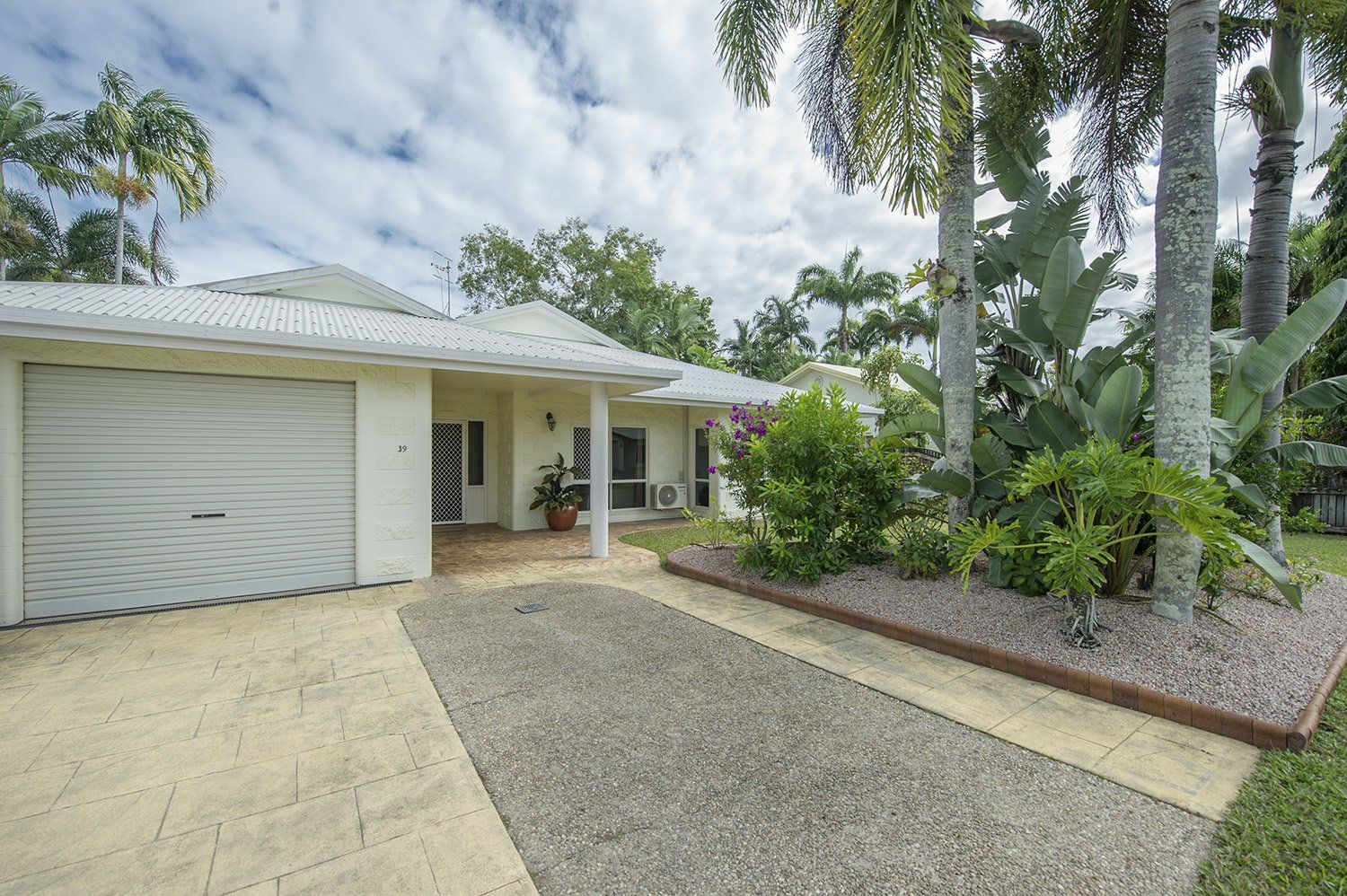 39 Coulthard Close, Newell QLD 4873, Image 1