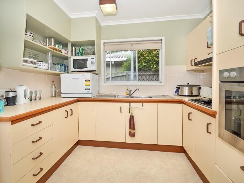 38 Coronation Avenue, Golden Beach QLD 4551, Image 2