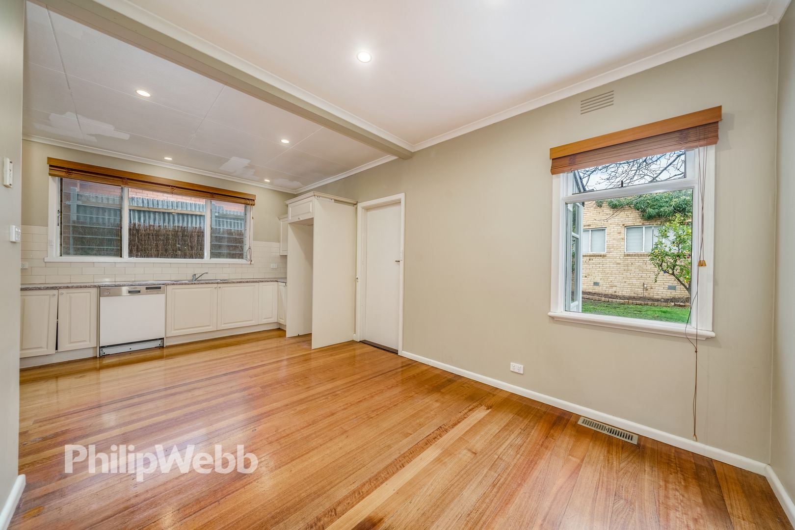 23 Cameron Road, Box Hill North VIC 3129, Image 2