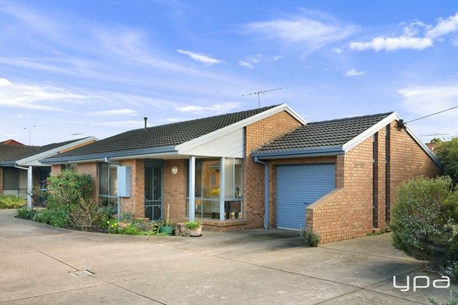 Picture of 2/35-37 Bartlett Crescent, HOPPERS CROSSING VIC 3029