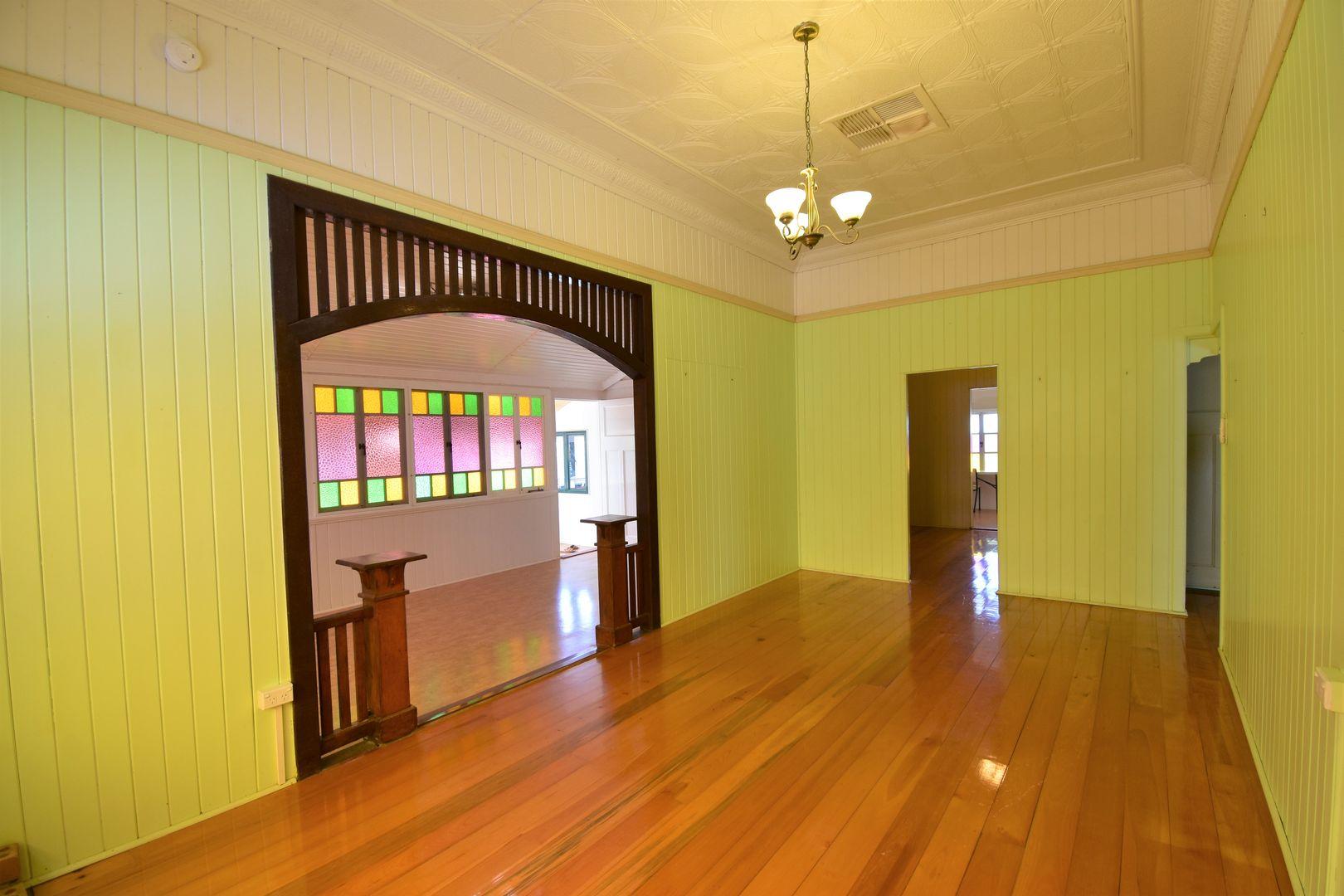 134 Crane Street, Longreach QLD 4730, Image 2