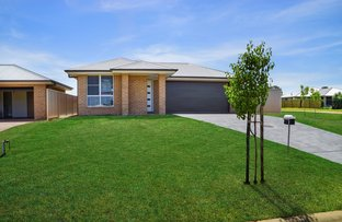 Picture of 8 Dalbeattie Crescent, Dubbo NSW 2830
