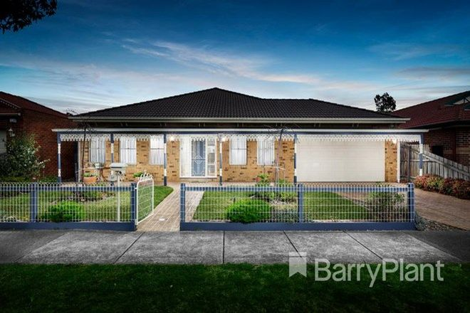 Picture of 37 The Lakes Boulevard, SOUTH MORANG VIC 3752