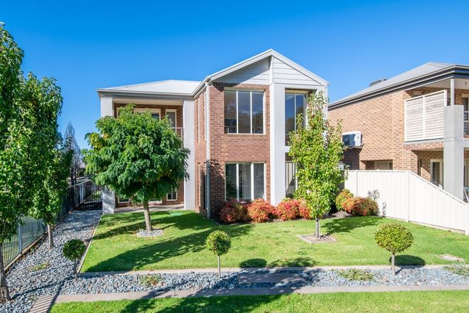 Picture of 4/9-10 Jindabyne Court, KIALLA VIC 3631