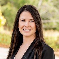 Danielle Comer, Sales representative
