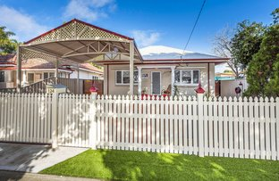 Picture of 124 Leake Street, Belmont WA 6104