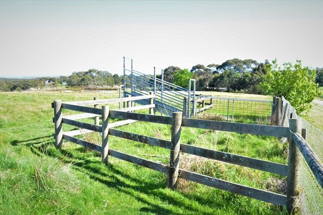 Picture of 15 Forrest Drive, NYORA VIC 3987
