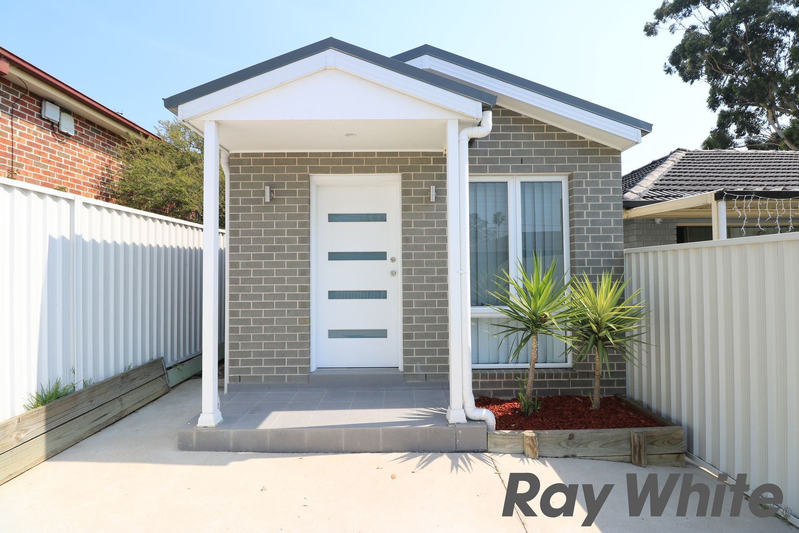 38 Warrumbungle Street, Fairfield NSW 2165, Image 0